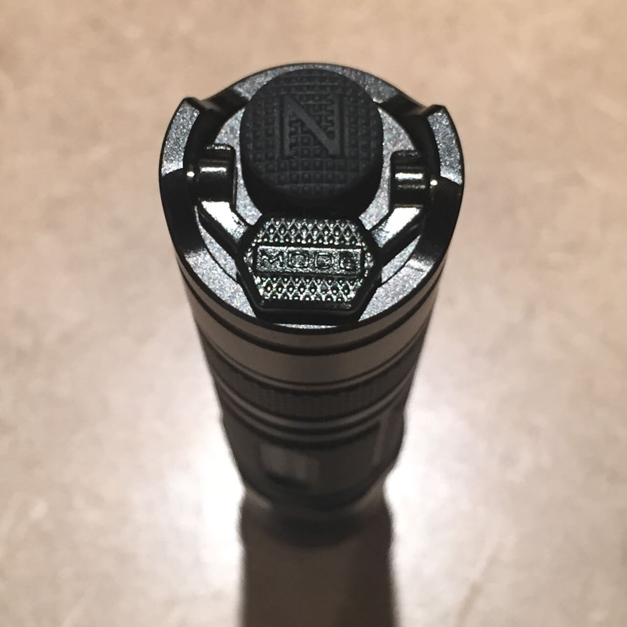 Nitecore P10GT dual tail switches