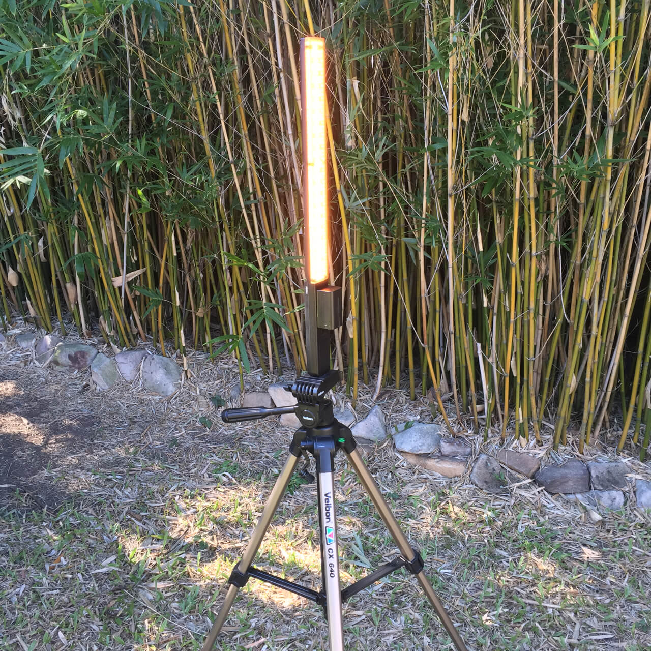 Yongnuo YN360 on Tripod