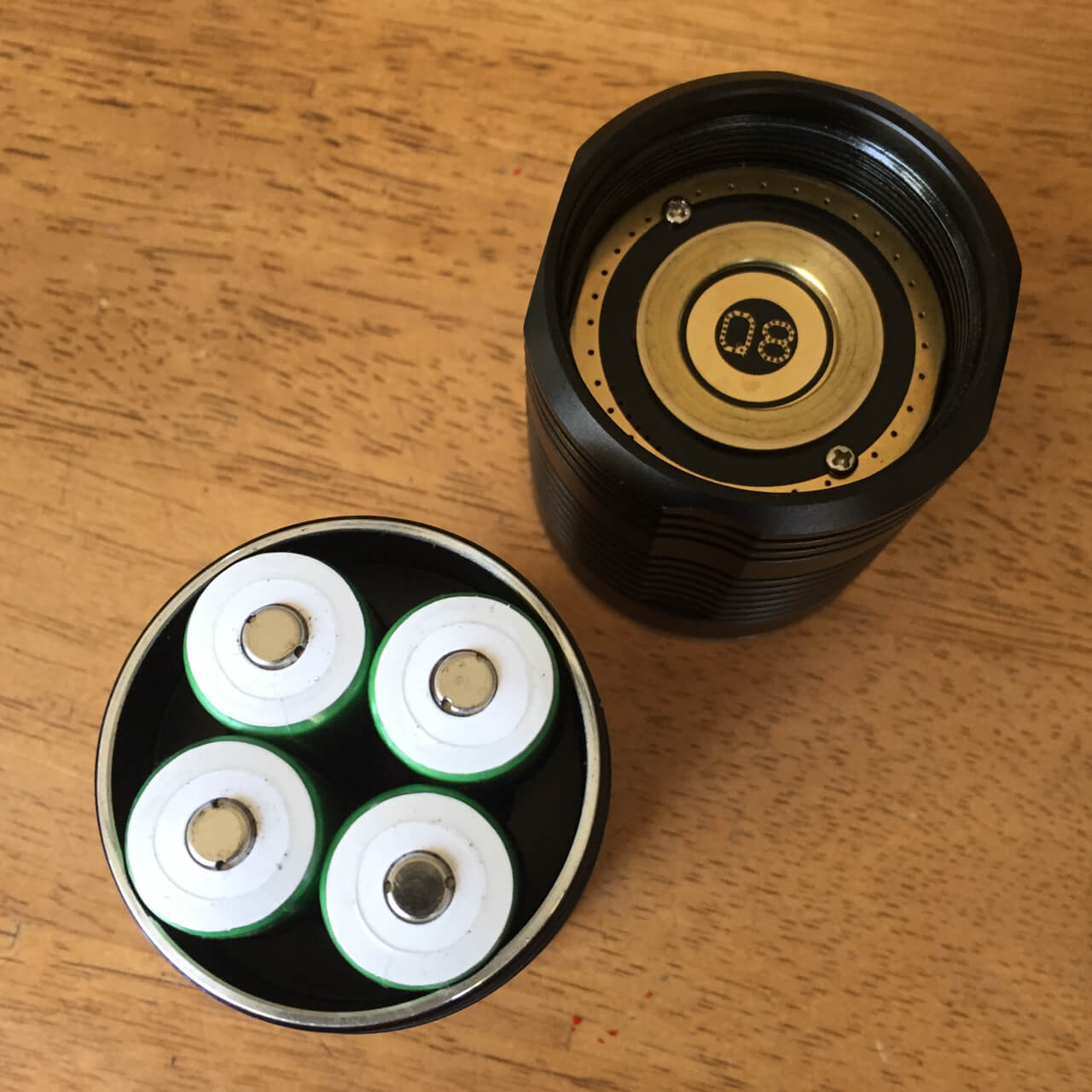 Button top unprotected batteries